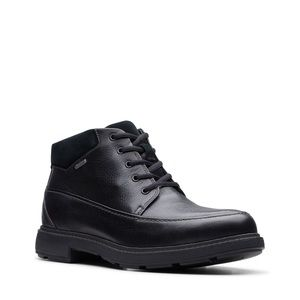Clark's black Gore Tex boots 12